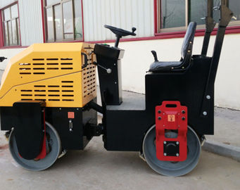 1T Two Drum  Vibratory Road Roller Compactor Electronic Watering Rust Resistant